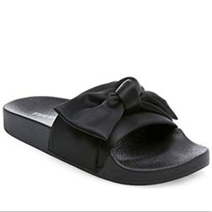 BRAND NEW! In the box! Steve Madden silky slides.